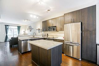 """Photo 8: 16 6123 138 Street in Surrey: Sullivan Station Townhouse for sale in """"PANORAMA WOODS"""" : MLS®# R2250641"""
