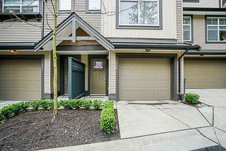 """Photo 2: 16 6123 138 Street in Surrey: Sullivan Station Townhouse for sale in """"PANORAMA WOODS"""" : MLS®# R2250641"""