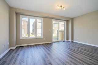 Photo 6: 21 Heaven Crescent in Milton: Ford House (2-Storey) for lease : MLS®# W4093311
