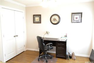 Photo 3: 105 Henick Crescent in Saskatoon: Hampton Village Residential for sale : MLS®# SK727356
