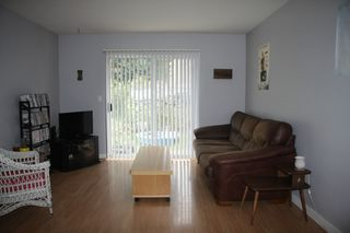 Photo 3: 26 45640 Storey Avenue in Chilliwack: Townhouse for sale : MLS®# R2259743