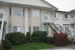Photo 1: 26 45640 Storey Avenue in Chilliwack: Townhouse for sale : MLS®# R2259743