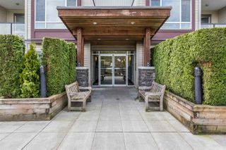 "Photo 1: 109 2943 NELSON Place in Abbotsford: Central Abbotsford Condo for sale in ""Edgebrook"" : MLS®# R2264023"