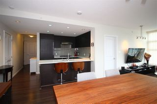 "Photo 5: 2906 3102 WINDSOR Gate in Coquitlam: New Horizons Condo for sale in ""Celadon"" : MLS®# R2270507"