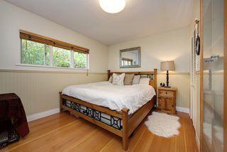 """Photo 12: 1098 FERGUSON Road in Delta: Tsawwassen East House for sale in """"TSAWWASSEN CENTRAL"""" (Tsawwassen)  : MLS®# R2276954"""