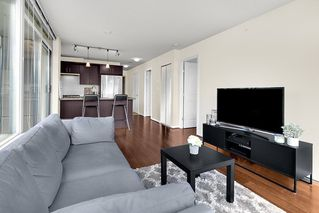 """Photo 5: 801 1650 W 7TH Avenue in Vancouver: Fairview VW Condo for sale in """"The Virtu"""" (Vancouver West)  : MLS®# R2278032"""