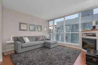 "Photo 2: 1804 1189 MELVILLE Street in Vancouver: Coal Harbour Condo for sale in ""The Melville"" (Vancouver West)  : MLS®# R2278680"