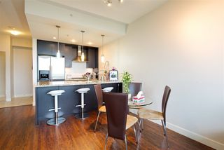 """Photo 12: 2205 7088 18TH Avenue in Burnaby: Edmonds BE Condo for sale in """"Park 360"""" (Burnaby East)  : MLS®# R2281295"""