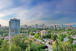 """Photo 2: 2205 7088 18TH Avenue in Burnaby: Edmonds BE Condo for sale in """"Park 360"""" (Burnaby East)  : MLS®# R2281295"""