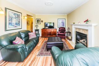 "Photo 3: 103 11510 225 Street in Maple Ridge: East Central Condo for sale in ""RIVERSIDE"" : MLS®# R2292973"