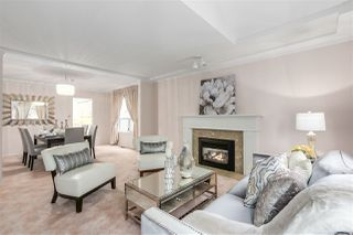 """Main Photo: 30 6061 W BOUNDARY Drive in Surrey: Panorama Ridge Townhouse for sale in """"Lakewood Place in Boundary Park"""" : MLS®# R2320172"""