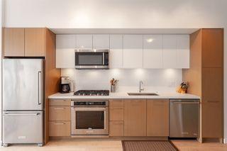 Photo 5: 704 384 E 1ST Avenue in Vancouver: Mount Pleasant VE Condo for sale (Vancouver East)  : MLS®# R2322498