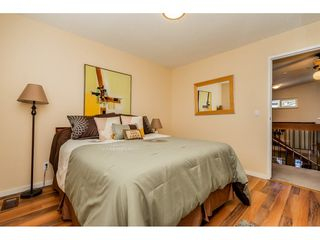 Photo 11: 1612 HEMLOCK Place in Port Moody: Mountain Meadows House for sale : MLS®# R2343943