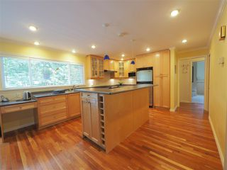 Photo 6: 2722 MASEFIELD Road in North Vancouver: Lynn Valley House for sale : MLS®# R2345517