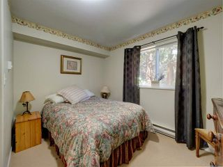Photo 15: 3172 MOSSY ROCK Road: Roberts Creek House for sale (Sunshine Coast)  : MLS®# R2346720