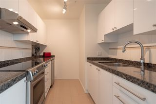 "Photo 6: 1410 989 NELSON Street in Vancouver: Downtown VW Condo for sale in ""ELECTRA"" (Vancouver West)  : MLS®# R2350071"