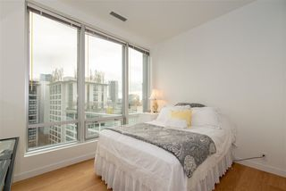 "Photo 9: 1410 989 NELSON Street in Vancouver: Downtown VW Condo for sale in ""ELECTRA"" (Vancouver West)  : MLS®# R2350071"