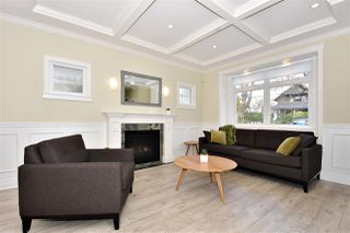 Photo 2: 3254 W 6TH Avenue in Vancouver: Kitsilano House 1/2 Duplex for sale (Vancouver West)  : MLS®# R2356326