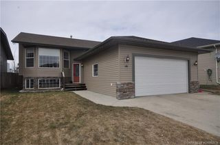 Main Photo: 27 Taylor Drive in Lacombe: LE Terrace Heights Residential for sale : MLS®# CA0162434
