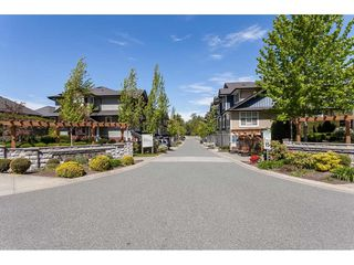 "Photo 18: 33 18199 70 Avenue in Surrey: Cloverdale BC Townhouse for sale in ""Augusta"" (Cloverdale)  : MLS®# R2366236"
