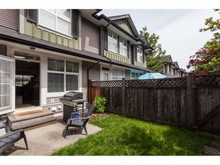 "Photo 2: 33 18199 70 Avenue in Surrey: Cloverdale BC Townhouse for sale in ""Augusta"" (Cloverdale)  : MLS®# R2366236"