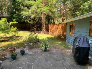 Photo 11: 8049 WILDWOOD Road in Halfmoon Bay: Halfmn Bay Secret Cv Redroofs House for sale (Sunshine Coast)  : MLS®# R2367289