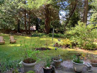 Photo 15: 8049 WILDWOOD Road in Halfmoon Bay: Halfmn Bay Secret Cv Redroofs House for sale (Sunshine Coast)  : MLS®# R2367289