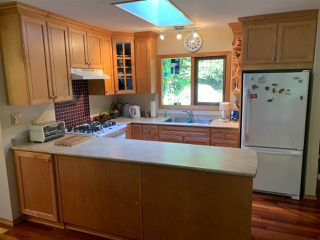 Photo 3: 8049 WILDWOOD Road in Halfmoon Bay: Halfmn Bay Secret Cv Redroofs House for sale (Sunshine Coast)  : MLS®# R2367289