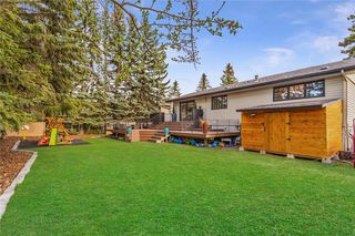 Photo 4: 6711 LEESON Court SW in Calgary: Lakeview Detached for sale : MLS®# C4244790