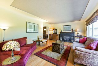 Photo 3: 1918 TENTH Avenue in New Westminster: West End NW House for sale : MLS®# R2369630