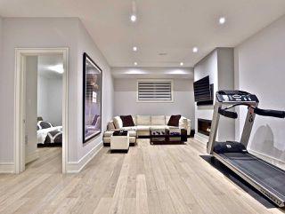 Photo 18: 82 Carmichael Avenue in Toronto: Bedford Park-Nortown House (2-Storey) for sale (Toronto C04)  : MLS®# C4452320
