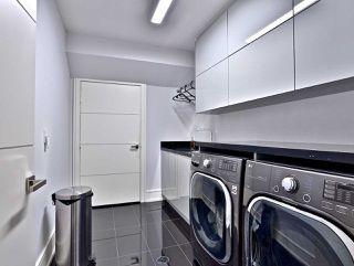 Photo 19: 82 Carmichael Avenue in Toronto: Bedford Park-Nortown House (2-Storey) for sale (Toronto C04)  : MLS®# C4452320