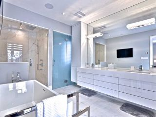 Photo 14: 82 Carmichael Avenue in Toronto: Bedford Park-Nortown House (2-Storey) for sale (Toronto C04)  : MLS®# C4452320