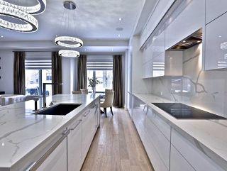 Photo 9: 82 Carmichael Avenue in Toronto: Bedford Park-Nortown House (2-Storey) for sale (Toronto C04)  : MLS®# C4452320