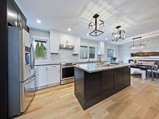 Photo 5: 496 PARKRIDGE Crescent SE in Calgary: Parkland Detached for sale : MLS®# C4244862