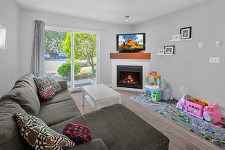 Photo 2: 104 22230 NORTH Avenue in Maple Ridge: West Central Condo for sale : MLS®# R2371692