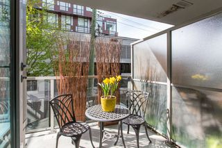 "Photo 18: 301 251 E 7TH Avenue in Vancouver: Mount Pleasant VE Condo for sale in ""The District"" (Vancouver East)  : MLS®# R2375949"