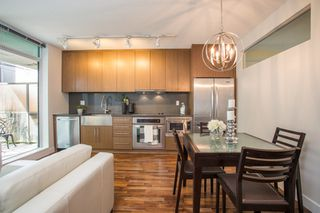 "Photo 6: 301 251 E 7TH Avenue in Vancouver: Mount Pleasant VE Condo for sale in ""The District"" (Vancouver East)  : MLS®# R2375949"