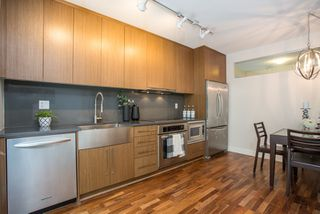 "Photo 9: 301 251 E 7TH Avenue in Vancouver: Mount Pleasant VE Condo for sale in ""The District"" (Vancouver East)  : MLS®# R2375949"