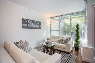 "Photo 4: 301 251 E 7TH Avenue in Vancouver: Mount Pleasant VE Condo for sale in ""The District"" (Vancouver East)  : MLS®# R2375949"