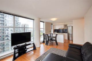Photo 4: 2006 111 W GEORGIA Street in Vancouver: Downtown VW Condo for sale (Vancouver West)  : MLS®# R2378356