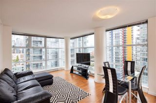 Photo 3: 2006 111 W GEORGIA Street in Vancouver: Downtown VW Condo for sale (Vancouver West)  : MLS®# R2378356