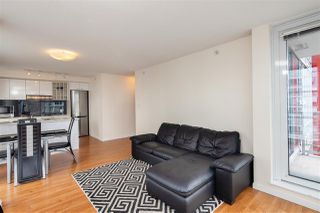 Photo 5: 2006 111 W GEORGIA Street in Vancouver: Downtown VW Condo for sale (Vancouver West)  : MLS®# R2378356