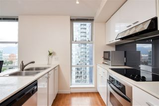 Photo 7: 2006 111 W GEORGIA Street in Vancouver: Downtown VW Condo for sale (Vancouver West)  : MLS®# R2378356