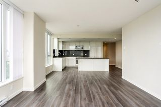 "Photo 3: 2207 3100 WINDSOR Gate in Coquitlam: New Horizons Condo for sale in ""THE LLOYD"" : MLS®# R2379078"