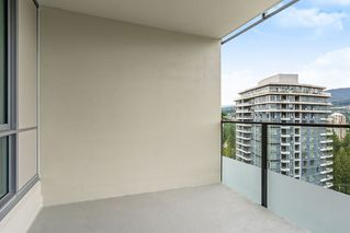 "Photo 12: 2207 3100 WINDSOR Gate in Coquitlam: New Horizons Condo for sale in ""THE LLOYD"" : MLS®# R2379078"