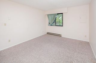 """Photo 11: 201 11771 KING Road in Richmond: Ironwood Townhouse for sale in """"KINGSWOOD"""" : MLS®# R2379288"""