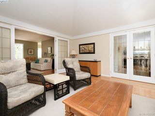 Photo 6: 4540 Pheasantwood Terr in VICTORIA: SE Broadmead House for sale (Saanich East)  : MLS®# 817353