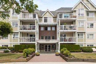 "Main Photo: 407 20189 54 Avenue in Langley: Langley City Condo for sale in ""CATALINA GARDENS"" : MLS®# R2380677"