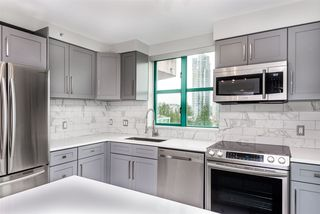 "Photo 5: 1201 3071 GLEN Drive in Coquitlam: North Coquitlam Condo for sale in ""PARC LAURENT"" : MLS®# R2380966"